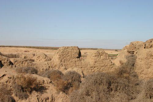 La ville de Térénouthis, depuis le sud-est
